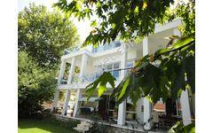 Site İçinde Eşyalı Satılık Muhteşem Villa