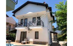 Dalyan da yıllık kiralık eşyalı tripleks villa