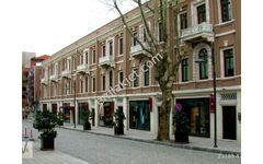 Akaretler Sıraevlerde 380 m2 Bahçeli 500 m2 Kapalı Alanlı Dükkan