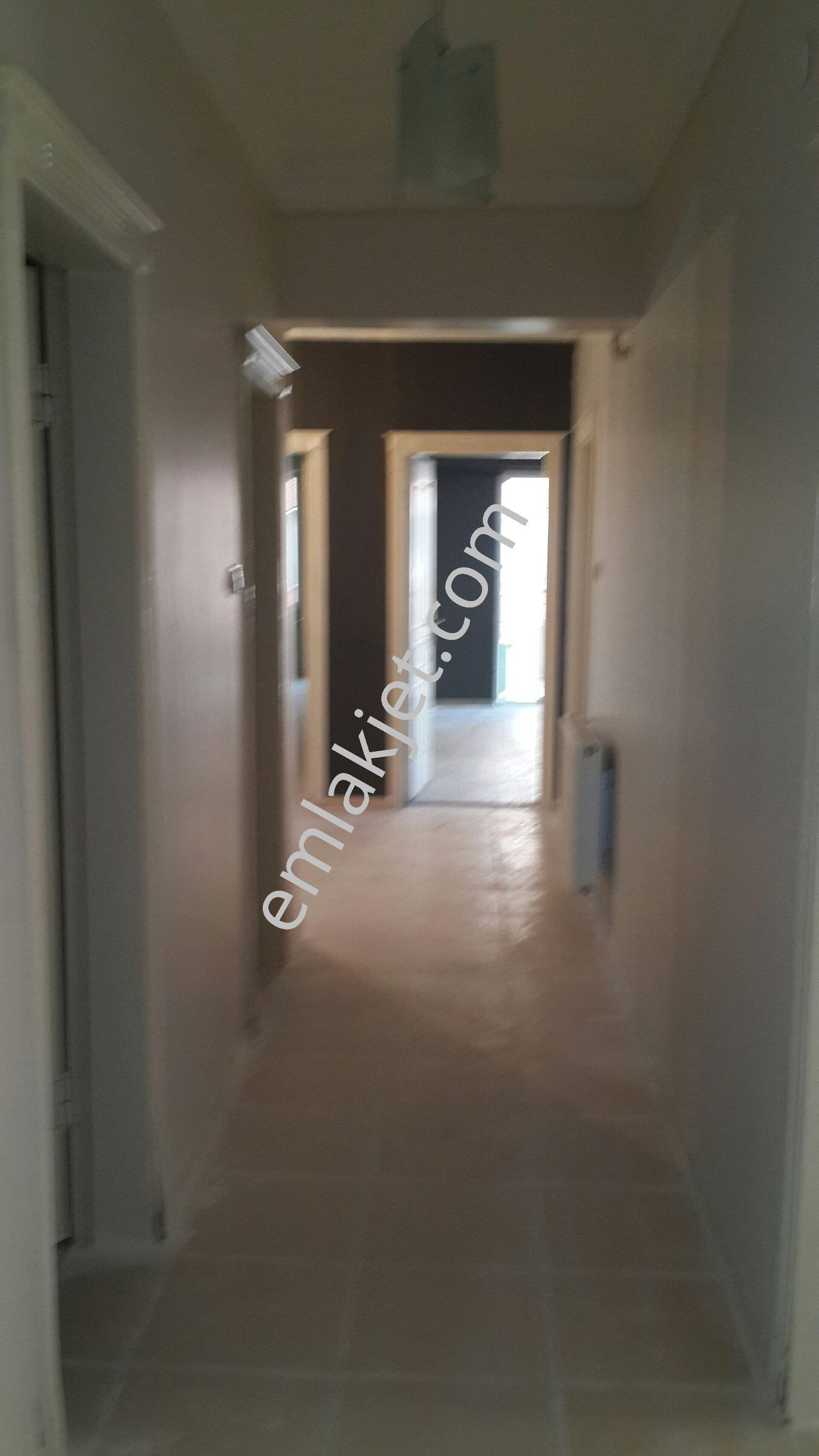 https://imaj.emlakjet.com/listing/7952030/040F39D5176B47563396BB756A96497F7952030.jpg