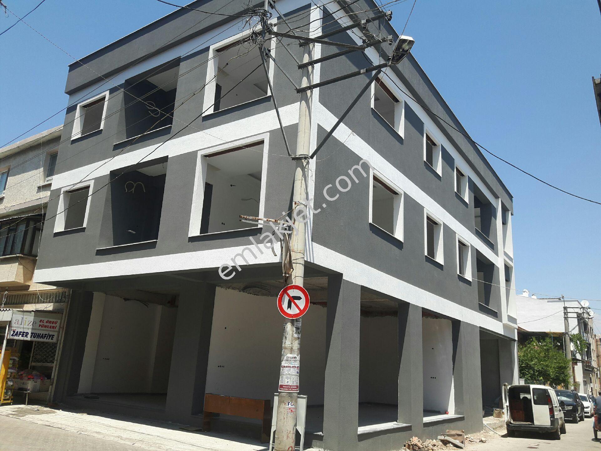 Emlakçıdan İzmir Karabağlar Bahriye Üçok Mahallesi 2+1 Satılık Daire  360.000 TL #8489233