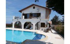 Sahibinden Kuzey Kıbrıs Esentepe'de Satılık Lüks Villa