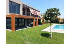 Bitez de Engelsiz Deniz Manzaralı Havuzlu 4+1 Villa