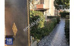 Bahçeşehir Boğazköy  de Satılık Fourleks Bahçeli Lüks Villa