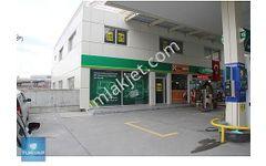 Başakşehir 1 Etap ta Benzin İstasyonu İçinde Kiralık Dükkan