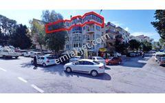 Göztepe Metro Karşısında 250 m2 4+1 Daire