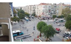Atatürk Bulvarı üzeri Asansörlü bakımlı ara kat satılık daire