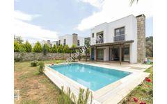 Bodrum Türkbükü Cennet Koy da Satılık Havuzlu Müstakil 3+2 Villa