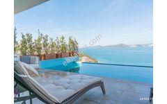 Bodrumda Denize Sıfır Sosyal Tesisli Sitede 4+1 Havuzlu Villa