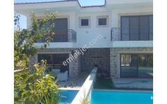 Çeşme de Satılık Butik Otel olmaya uygun Müstakil  havuzlu Villa