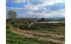 Sahibinden Akdere köyü 2520 m2 Hayvancilik icin uygun Meraya sınır