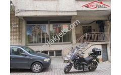 Yenibosna Hürriyet mahallesinde satılık 3 katlı uygun iş yeri