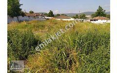 Balıkesir Manya şehir kenarında satılık 1267 m2 imarlı köşe arsa