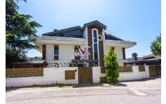 Acarkent te Satılık 1.300 m2 Müstakil Havuzlu Lüks Villa