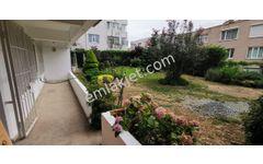 1.Levent'te metroya yakın merkezi  bahçe kullanımlı  bahçe katı