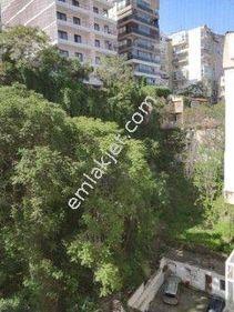 Mithatpaşa Caddesi Tarihi Asansör Yakını Kiralık EŞYALI Daire