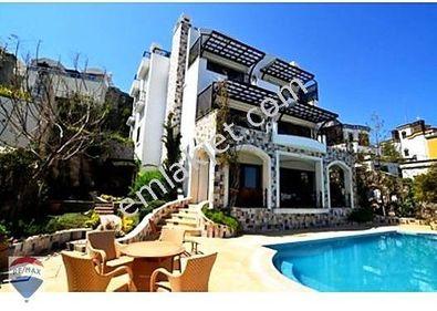Bodrum, Yalıkavak Tilkicik Koyunda Satılık 5+2 Müstakil Villa