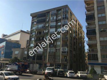 İzmir Konak Güneşli Mahallesi 'nde Cadde Üzerinde Satılık Daire!
