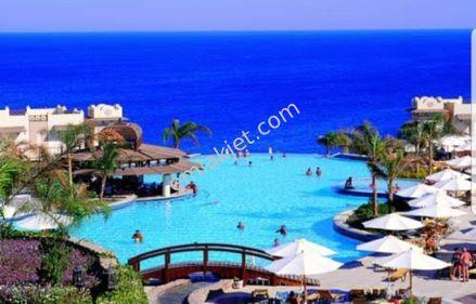 ALANYA KONAKLI merkezde denize tam sıfır satılık 5 yıldız otel