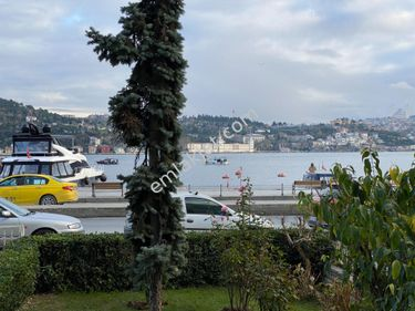 Arnavutköy 'de Boğaz Manzaralı Yol Yalısı 165 M2 SATILIK DAİRE