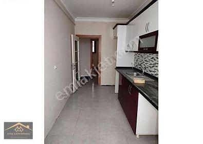 Aile Apartmaninda SATILIK 3+1 DAIRE