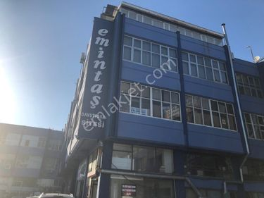 Davutpaşa Emintaş Sanayi Sitesi'nde 140 m2 Satılık Dükkan