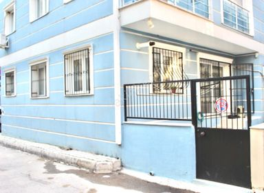 Mevlana Mh. de Garaj ve Bahçe Alanına Sahip 1+1 Daire