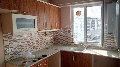 Kurtköy Merkezde 10 Yıllık İskanlı Binada 2.5+1 90 m2 net