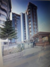 G.O.P Vedat Dalokay Caddesinde Güvenlikli 3+1