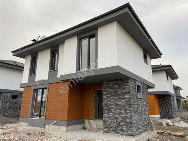 Paşa Emlaktan Dalaman'da Havuzlu Sitede Müstakil Villa