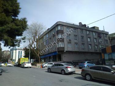 Halkalı Merkez Mahallesi 4+2 Kiralık 200m2 Çatı Dubleksi Daire