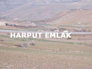 Bursal yoluna cepheli 2.364m2 Müstakil tek tapulu arsa.