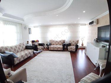 ENDER UYSAL GAYRİMENKUL'DEN KINIKLIDA 225 M2 - 4+1 DAİRE...