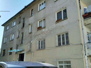 Seyranbağları Üzümcü sokakta 2+1 katta manzaralı yatırıma uygun