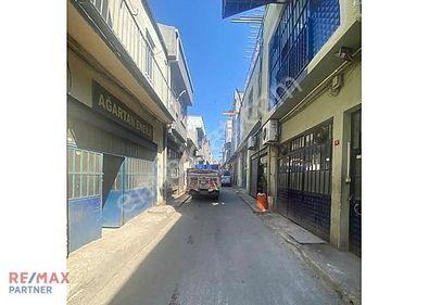 Topçular Otakçılar Caddesinde Komple Satılık İşyeri