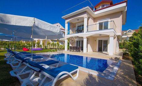 4+1 Fethiye Kocaçalış Plajına Yakın, Müstakil Havuzlu Villa