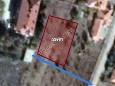 Kırşehir kamanda cuma mah çok acil satılık imarlı arsa  670 m2