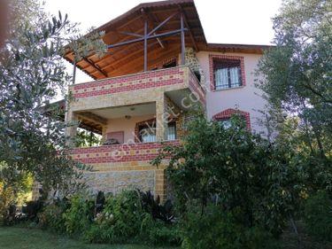Pamukovada 3700m2 arsa içinde 2 katlı satılık müstakil villa