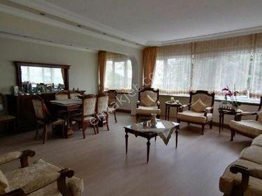 Fatih Şehremini Çapa Merkezde 3+1 Salon Kiralık Daire
