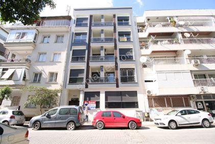 Karşıyaka Donanmacı Mahallesinde Satılık 3+1 Daire