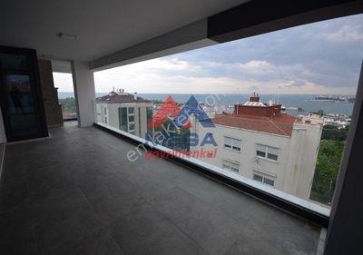 Fenerbahçe Marina Deniz Manzaralı Cafelere Yakın Geniş Balkon