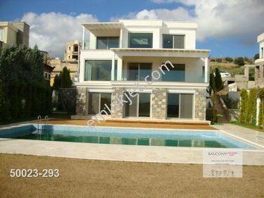 Balconyden bodrum bitez de satılık 4+2 müstakil havuzlu villa
