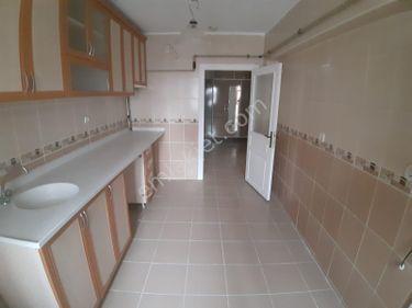 Etimesgut süvari mah 3+1 yüksek giriş 110 m2 altında  daire var