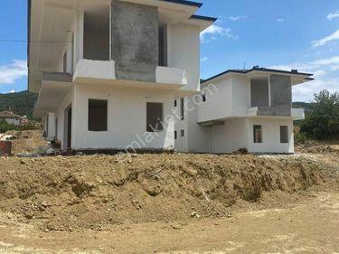 Yeniköyde Satılık Villa