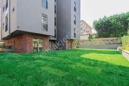 Yeşilyurt'ta, Müstakil Tadında 4+1 210m², Bahçe Kullanımlı Daire