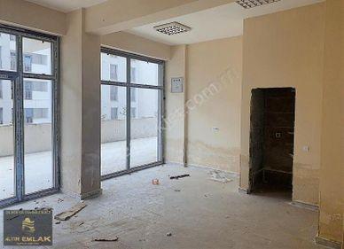 FENERTEPE TİCARİ ALAN MERKEZİNDE SATILIK 38 m2 GİRİŞ KAT DÜKKAN