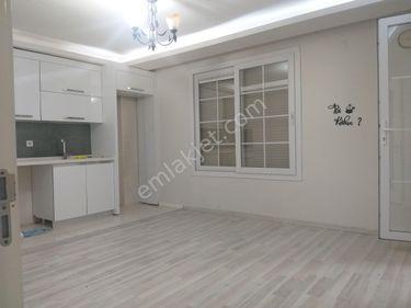 Buca Atatürk Mah 2+1 75 m2 Giriş Kat Doğalgazli Kiralık daire