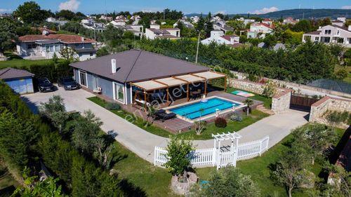 Urla İtokent Yanı, Satılık Tek Katlı Muhteşem Villa