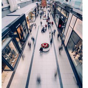 Bornova'nın En Güzel Noktasında Kurumsal Kiracılı Satılık Dükkan