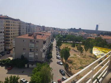 İzmir Güzelyalı Mah Konak da Asansör 3+1 Kiralık Daire